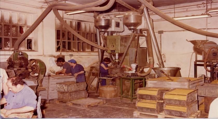 Treballadors a l'antiga Federal Mogul