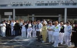 El Comitè de Treballadors de l'Hospital de Mataró interposa una demanda contra el Consorci Sanitari del Maresme per traslladar al conjunt de la plantilla, funcionaris o no, la retallada del 5% del salari.