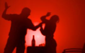 El Constitucional avala el redactat de la Llei contra la Violència de Gènere i sentencia que tota agressió d'un home contra la seva parella o exparella inclou explícitament l'agreujant de violència masclista