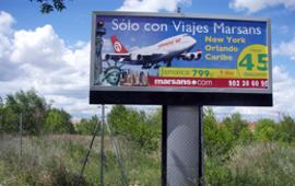 El Col·lectiu Ronda presenta una demanada en representació de 15 treballadors contra Viatges Marsans i el grup empresarial presidit per Gonzalo Pascual Arias i Gerardo Díaz Ferrán, màxim representant de la patronal espanyola.